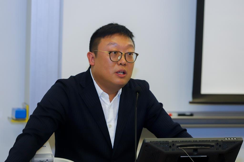 朱兆麟先生香港政治及管治學院聯合創辦人及召集人