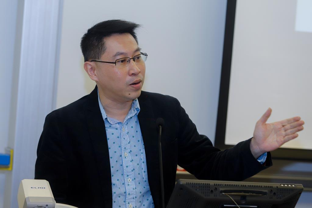 香港亞太研究所公共政策研究中心副主任黃偉豪教授